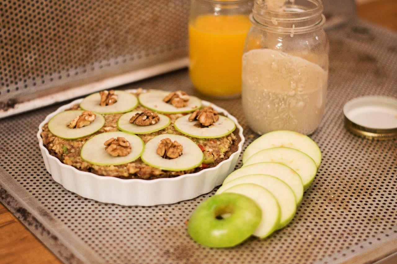 Raw Apple Pie with Walnuts